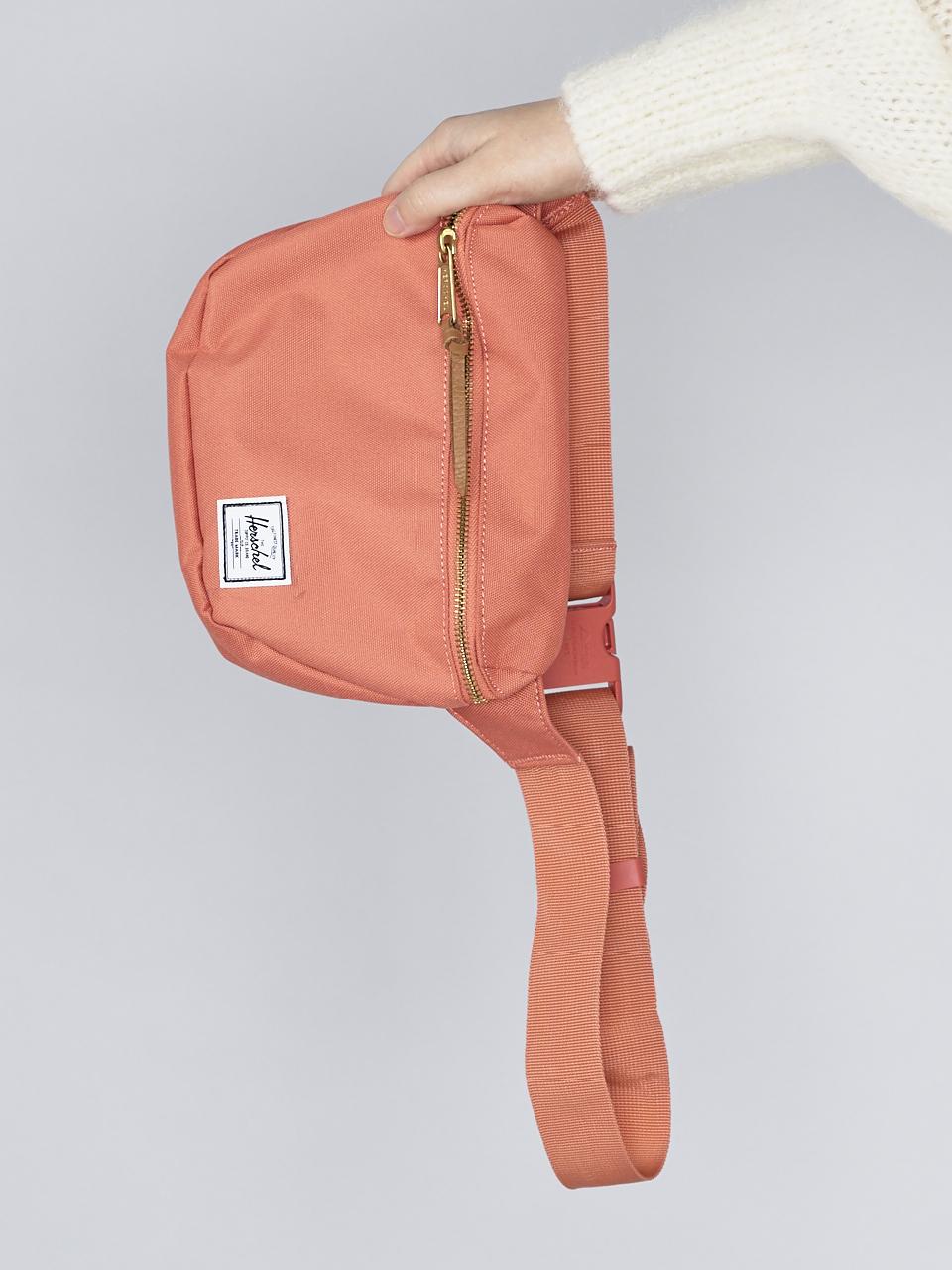 BAG FIFTEEN APRICOT BRANDY