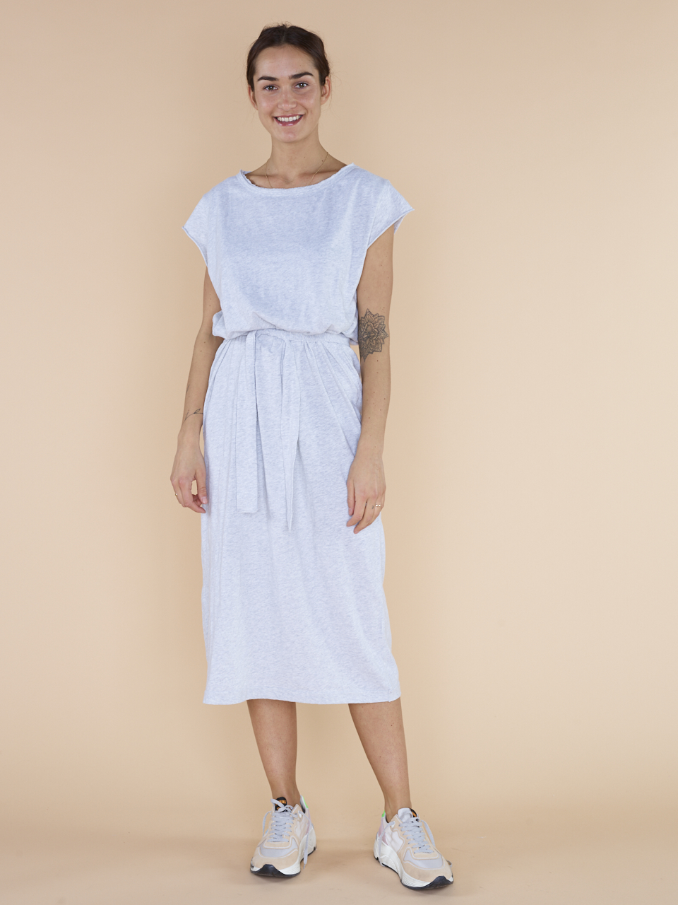 DRESS 96E19