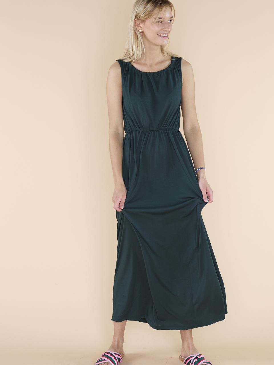 DRESS JOY