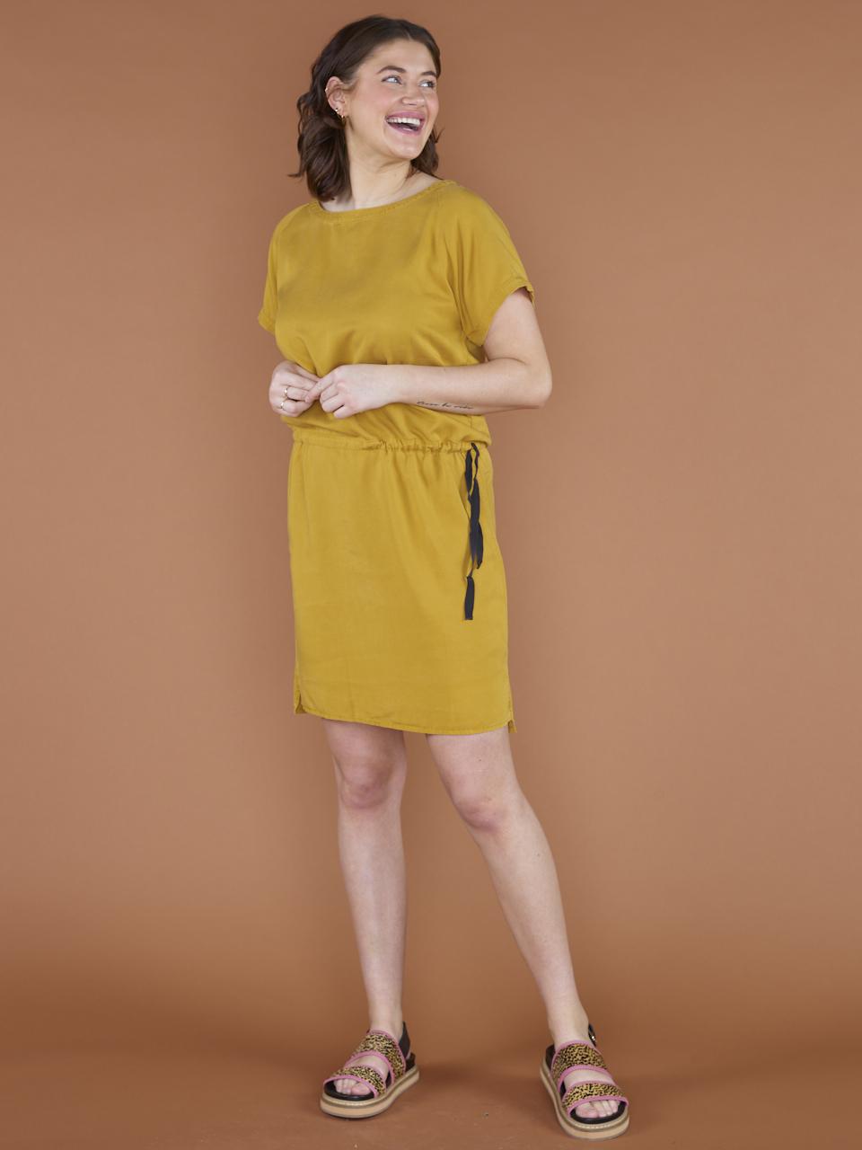 DRESS SILLY