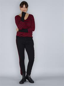 KNIT V-NECK STRIPE