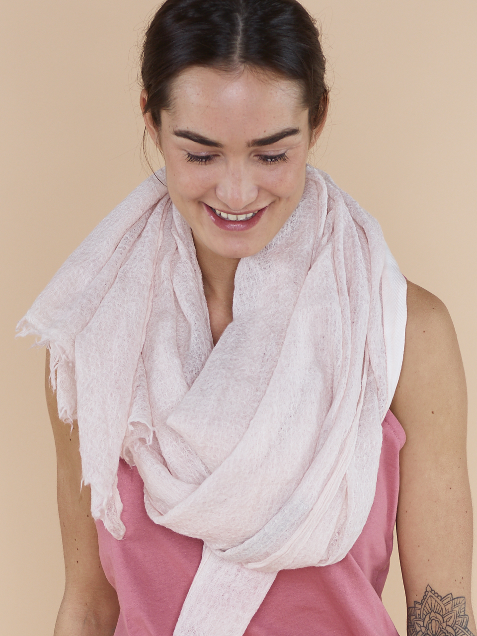 SCARF ENZYME WASH