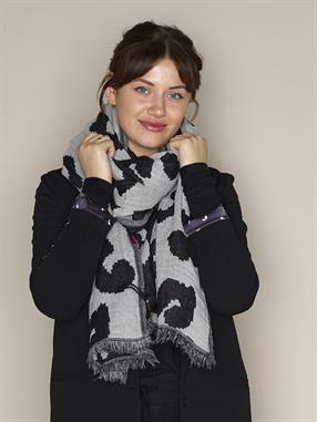 SCARF LEOPARD ABSTRACT