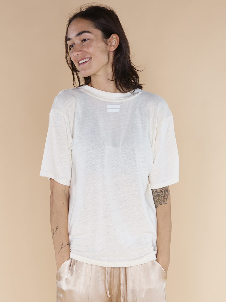 TEE REVERSIBLE LOW V-NECK